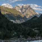 Approaching Chalaadi glacier